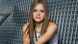 Avril Ramona Lavigne Canadian Singer Celebrity Girl Wallpaper #001