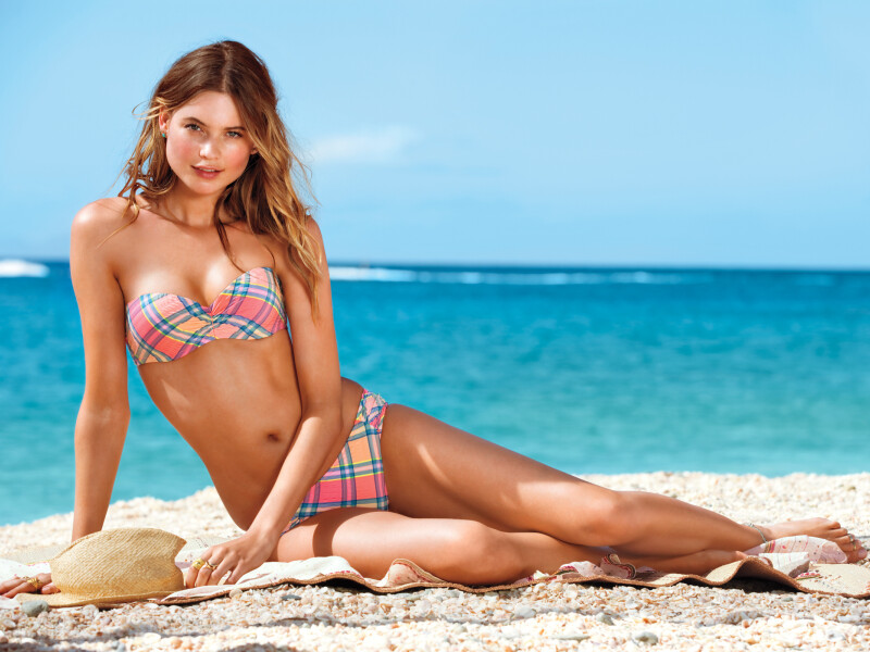Behati Prinsloo South African Born Namibian Model Girl Wallpaper #001