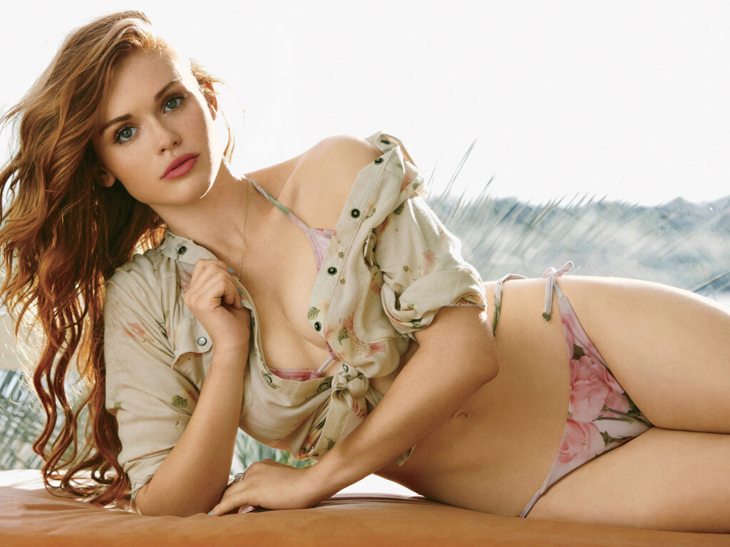 Holland Roden American Actress Celebrity Girl Wallpapers #001