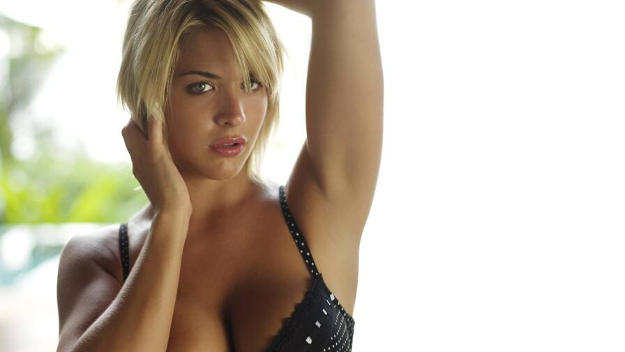 Sensual Babe Gemma Atkinson Hot Blonde English Model Girl Wallpaper #009